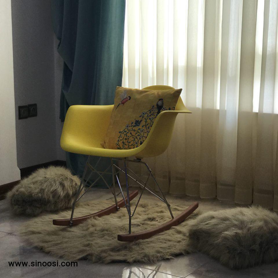 صندلی راک زرد